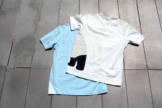無印良品のプリントTシャツ(後側)
