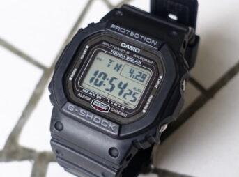 カシオのG-ショック、GW-5000-1JF