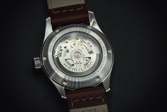 腕時計のムーブメント(自動巻)