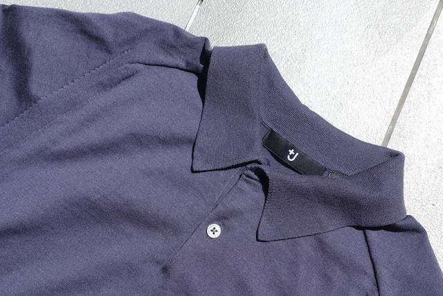 ユニクロ+Jのシルクコットンニットポロシャツ(グレー、襟部)