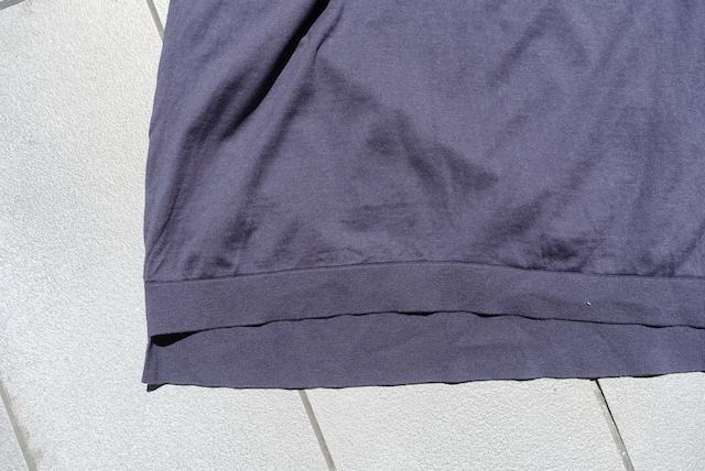 ユニクロ+Jのシルクコットンニットポロシャツ(グレー、裾部)