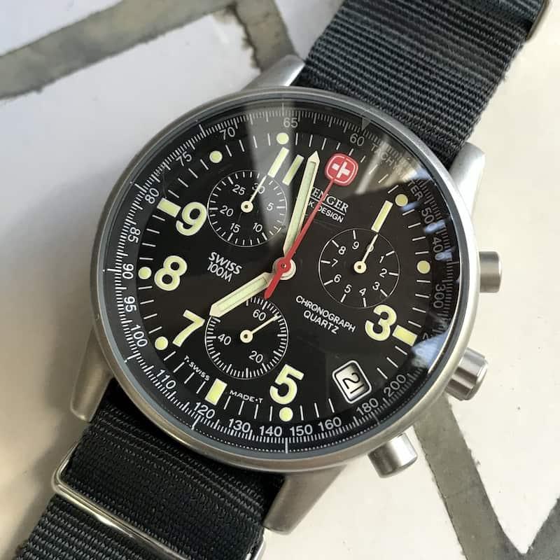 ウェンガーのコマンドクロノ、70725SAK(外観)
