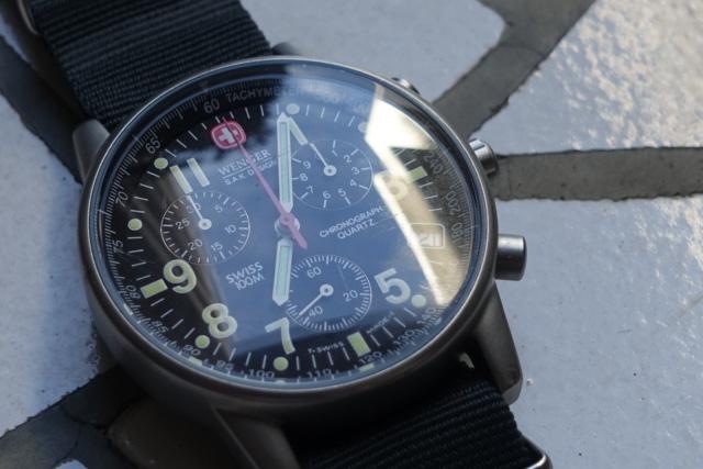 ウェンガーのコマンド・クロノグラフ、70725SAK(風防)