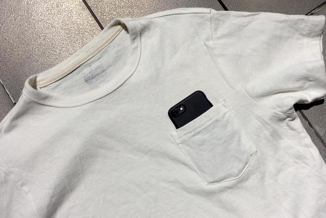 無印良品の太番手天竺編みポケット付Tシャツ(オフ白、ディテール)