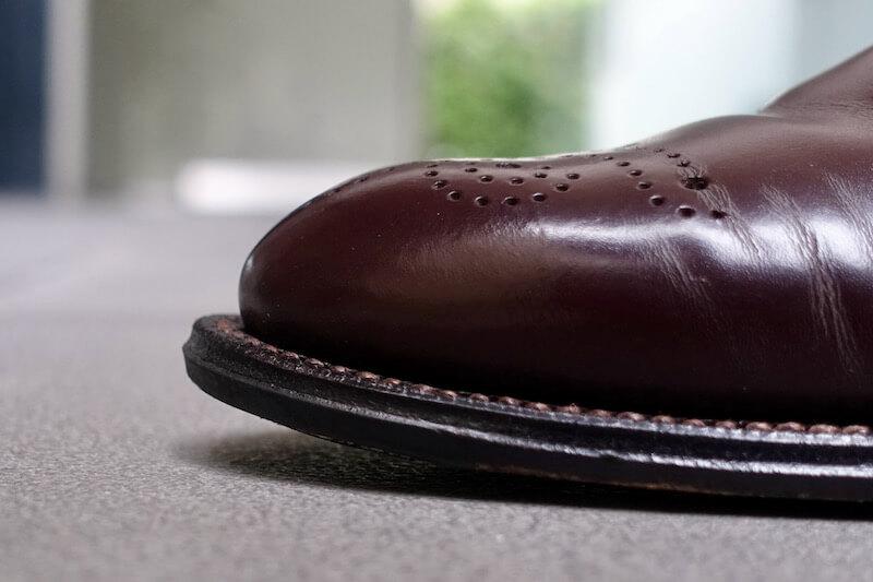 宮城興業の謹製誂靴「純」(ヤハズ形状のコバ)