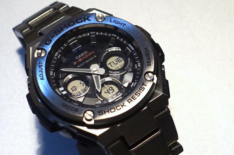 デジアナ腕時計(カシオのG-Steel)