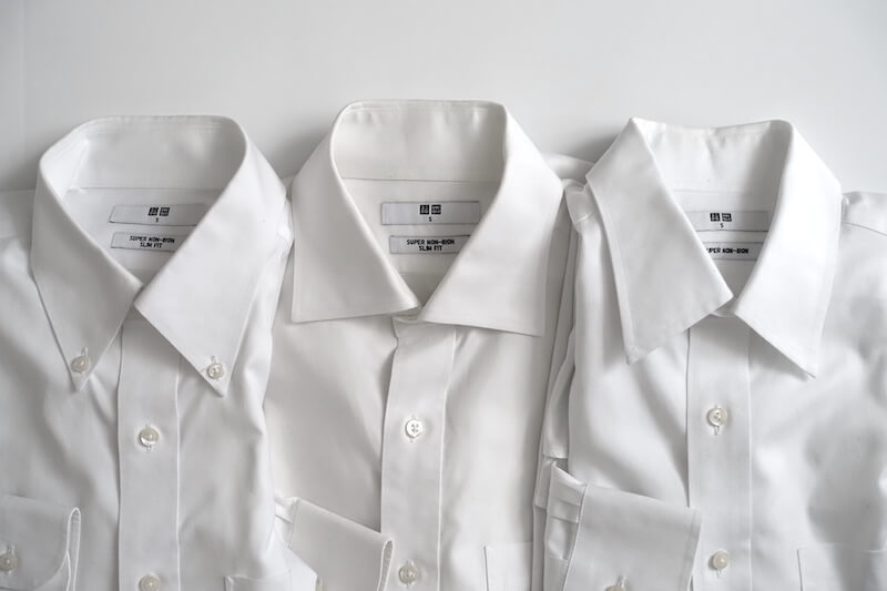 ユニクロのスーパーノンアイロンシャツ(襟型)